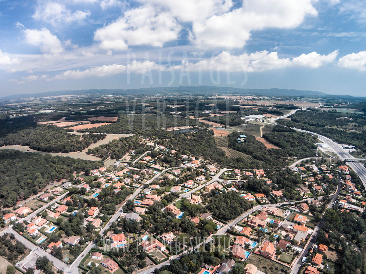 Paisatges Verticals – Fotografia aèria – IMMOBILIÀRIA