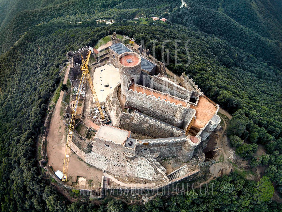 Paisatges Verticals – Fotografia aèria – PATRIMONI HISTÒRIC (Castell de Montsoriu)
