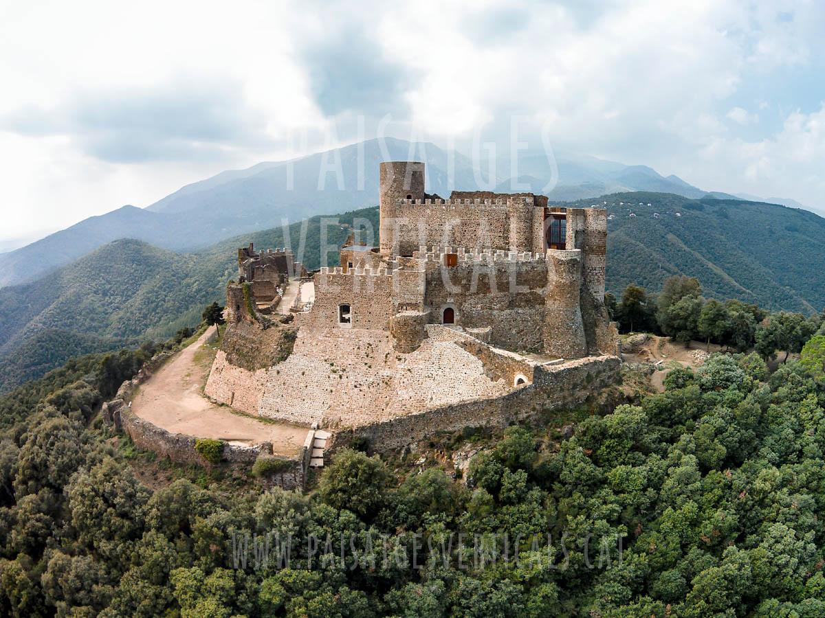 Paisajes Verticales - Fotografía aérea - PATRIMONIO HISTÓRICO (Castell de Montsoriu)