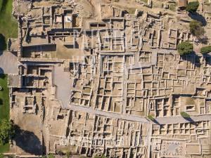 Paisajes Verticales - Fotografía aérea - PATRIMONIO HISTÓRICO (Castelló d'Empúries, Costa Brava)