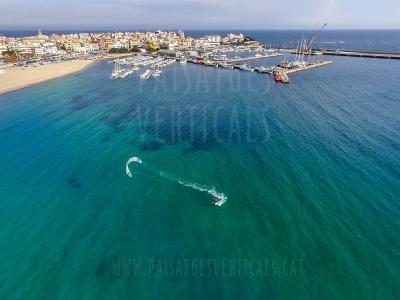 Paisajes Verticales – Fotografía aérea – DEPORTES (Palamós)