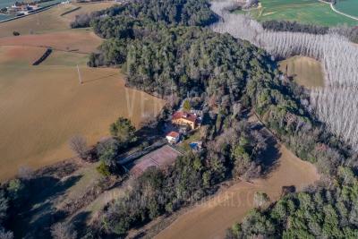 Paisatges Verticals – Fotografia aèria – IMMOBILIÀRIA (Pla de l'Estany)