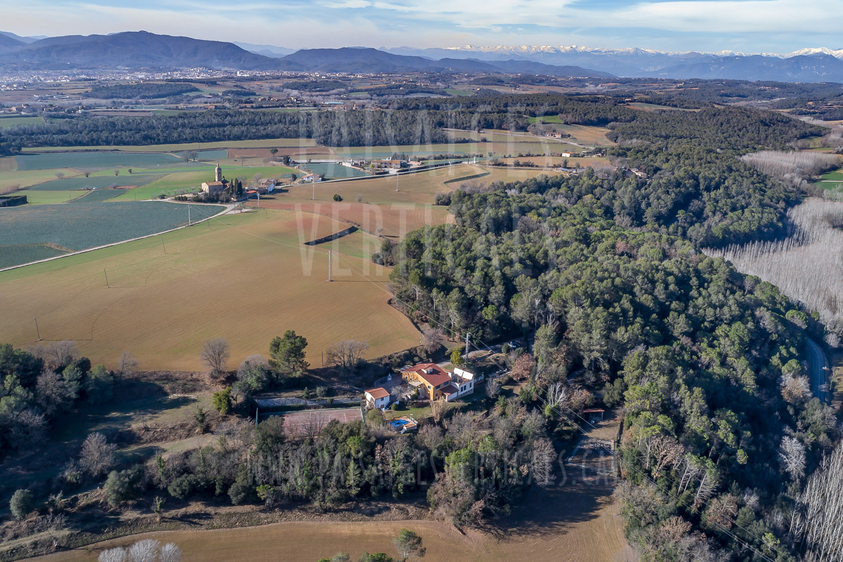 Paisajes Verticales – Fotografía aérea – INMOBILIARIA (Pla de l'Estany)