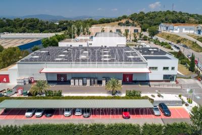 Paisajes Verticales – Fotografía aérea – Nave industrial Plasticband (Granollers, Barcelona)